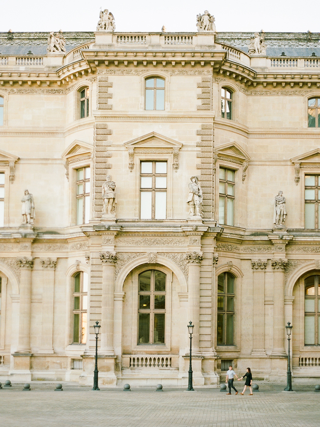 The Louvre Paris Couple   Rensche Mari