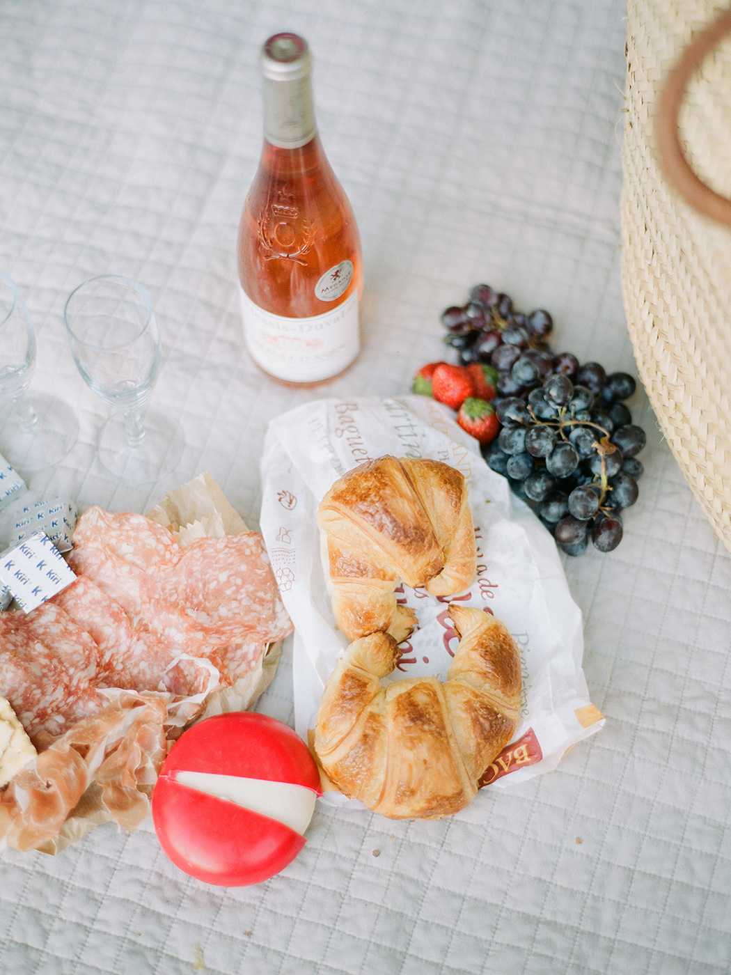 Picnic in Paris | Rensche Mari