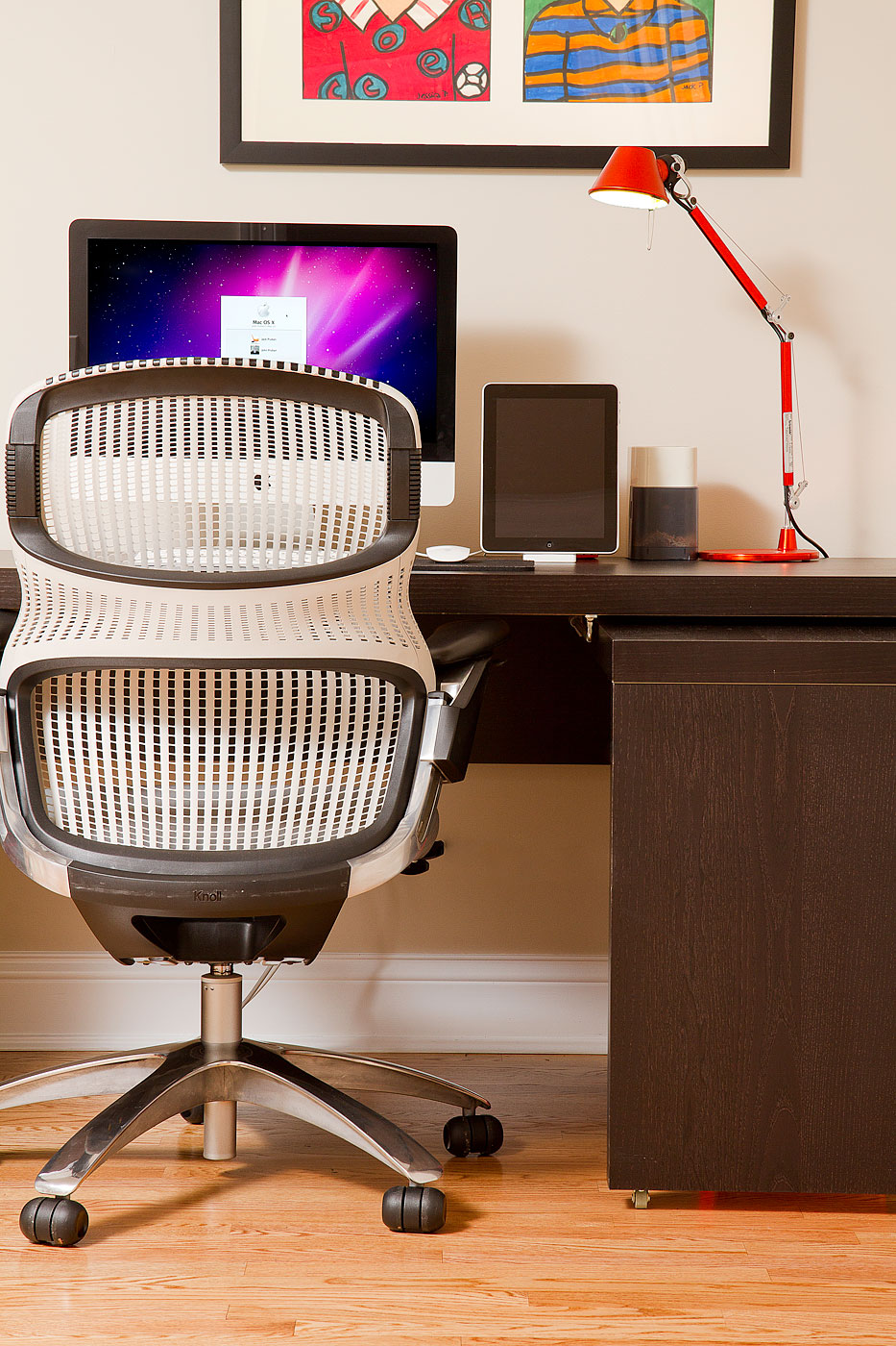 office-chair-and-desk-018-Edit.jpg