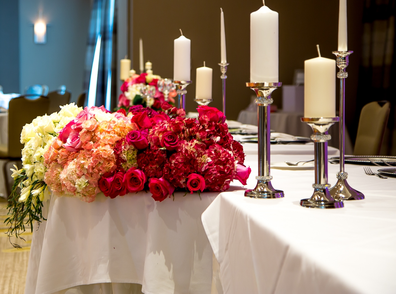 Our professional florist will work with you to make sure floral elements balance perfectly with your overall event theme