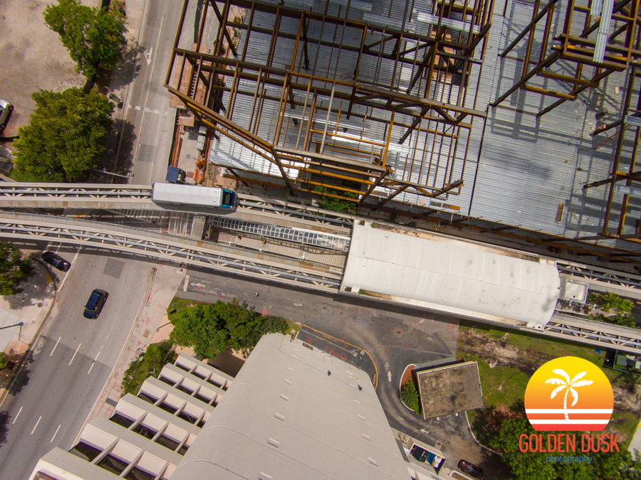 Metromover Going Into The 8th St. Station