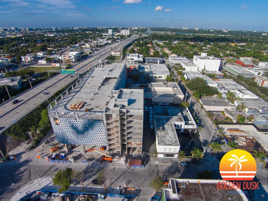 Design District - City View Garage