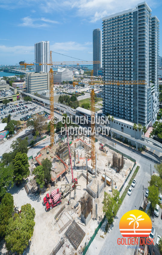 Miami Plaza Going Vertical