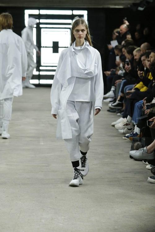 y-3-paris-fashion-week-fw16-8.jpg