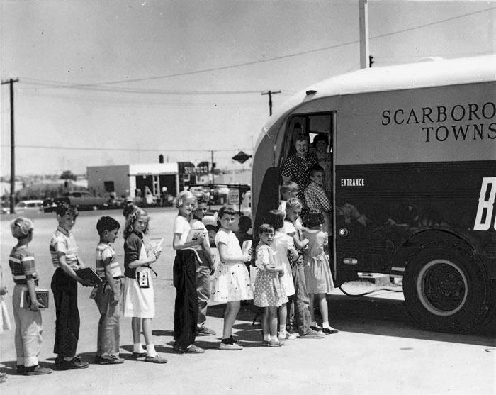 Scarborough Public Book Mobile, 1956. Toronto Public Library Digital Archive.
