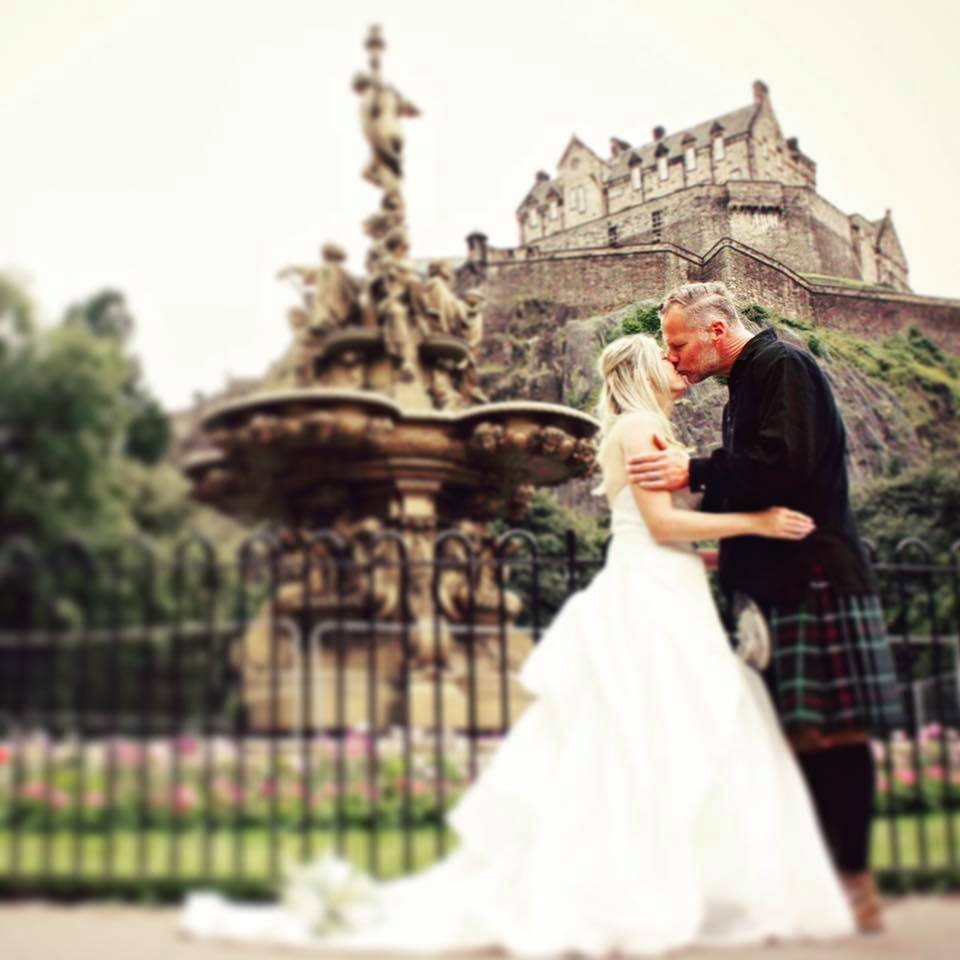 Teresa Travels to Scotland (Around the world prequel) - Teresa Wyckoff shares her embarrassing travel story from Scotland, tips, travel hacks and other Scotland stories.