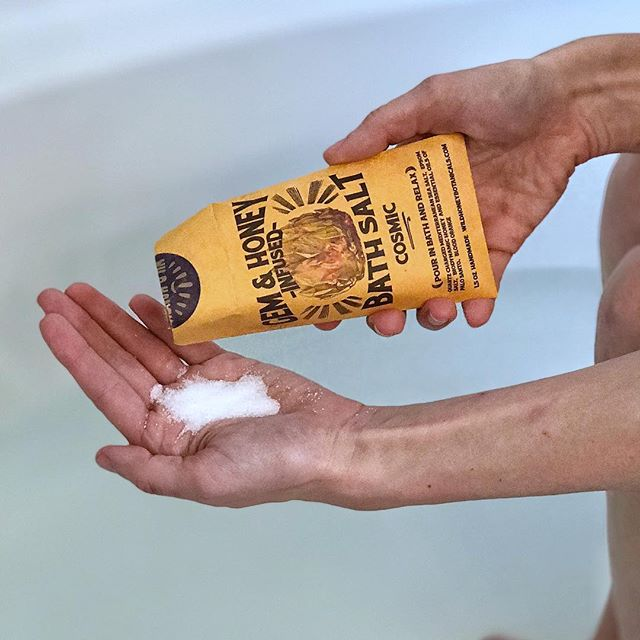 Sharing a few favorite bath soaks on the website this evening. Baths have become an almost nightly ritual—a way to relax and reset. #bathsoak