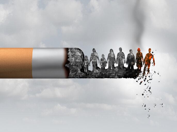 燃烧着的香烟,人们沦为受害者.jpg