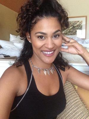 Mogul Mom- Natalie Gouche (@nataliegouche)