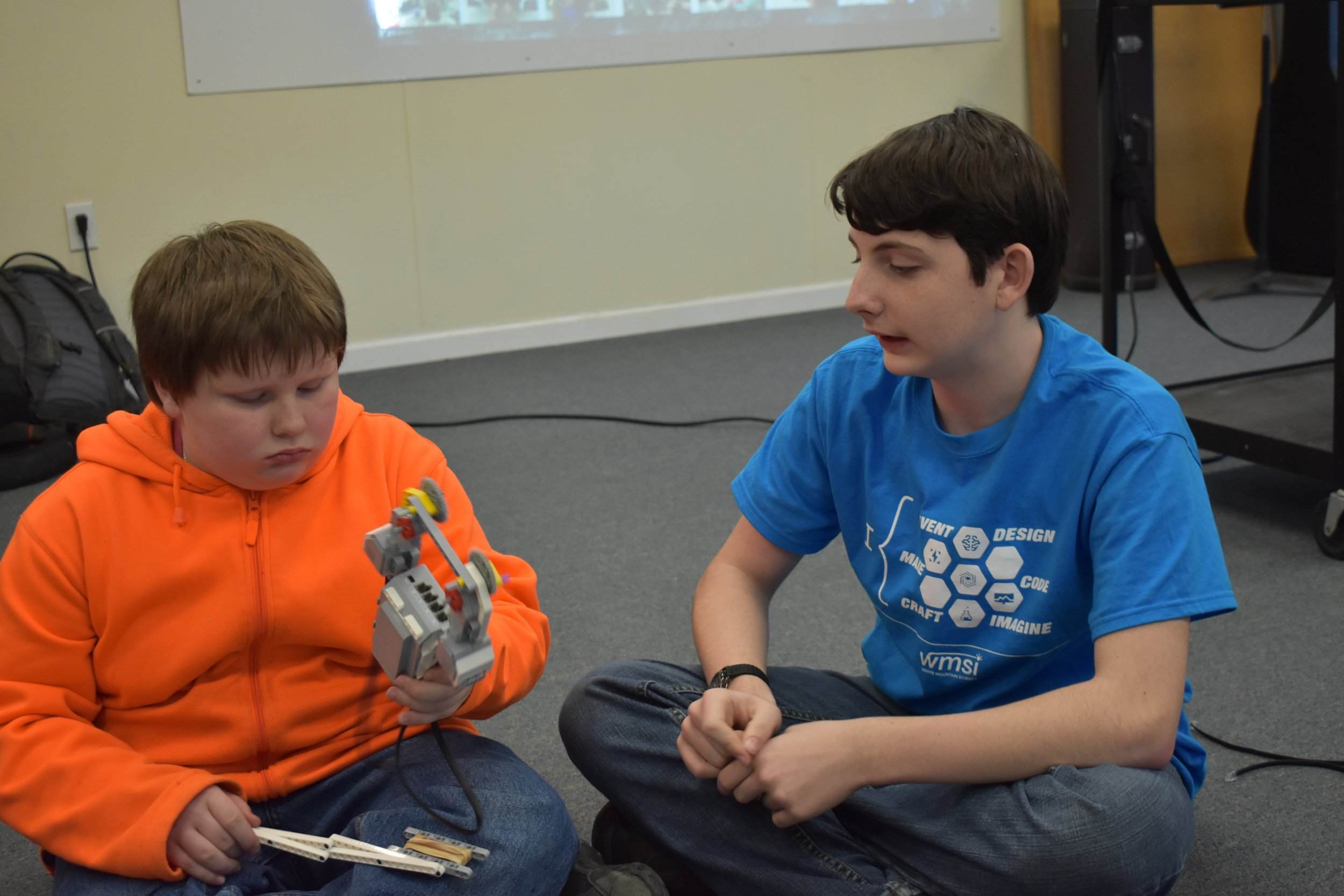Discussing the finer points of gear systems and robotic artistry