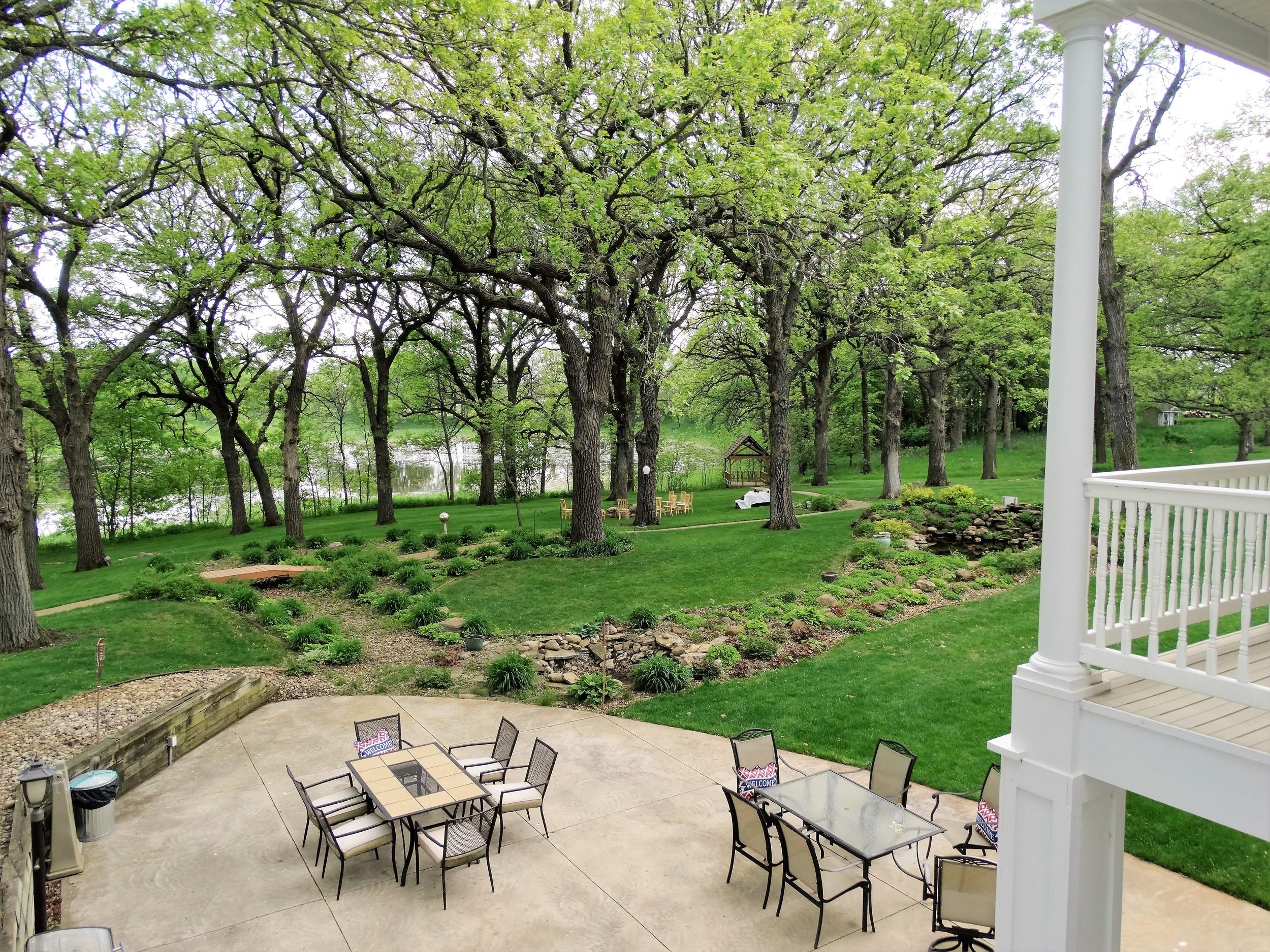 Springtime patio 2 - MT.JPG