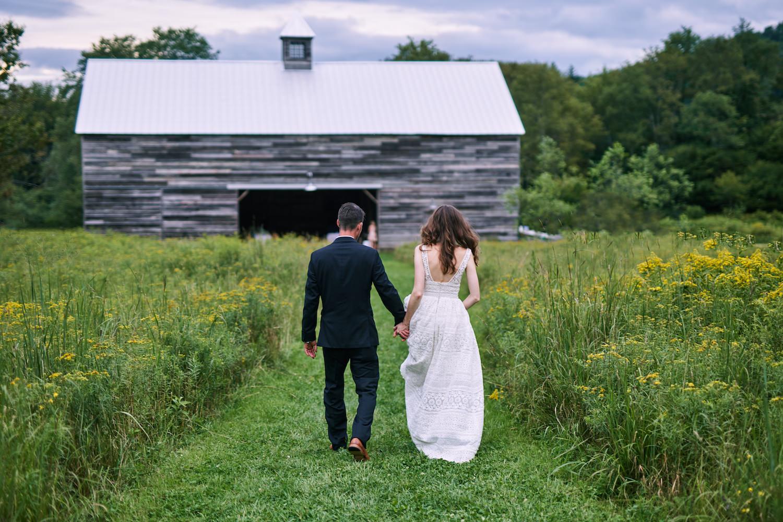 Wedding_Handsome_Hollow_Catskills_Upstate_3291_Mono.jpg