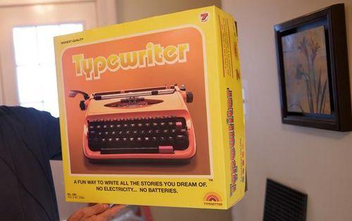 1975+-+typewriter-2.jpg