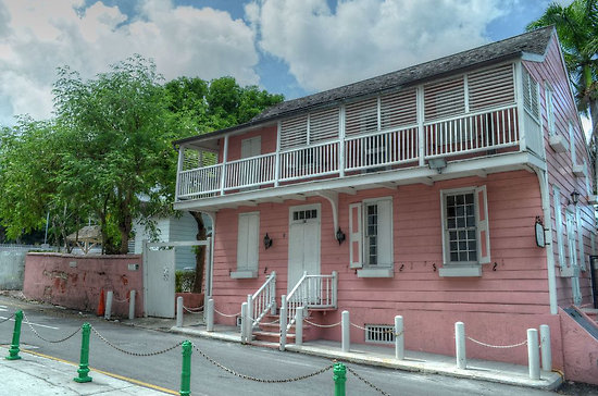 balconyhouse2.jpg
