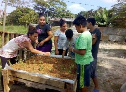 CDF and local partners completed the Planting Seeds of Peace program in El Salvador.