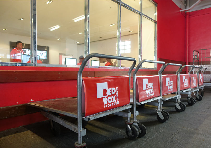 MADE-marketing-and-design-Redbox-003-trolleys.jpg
