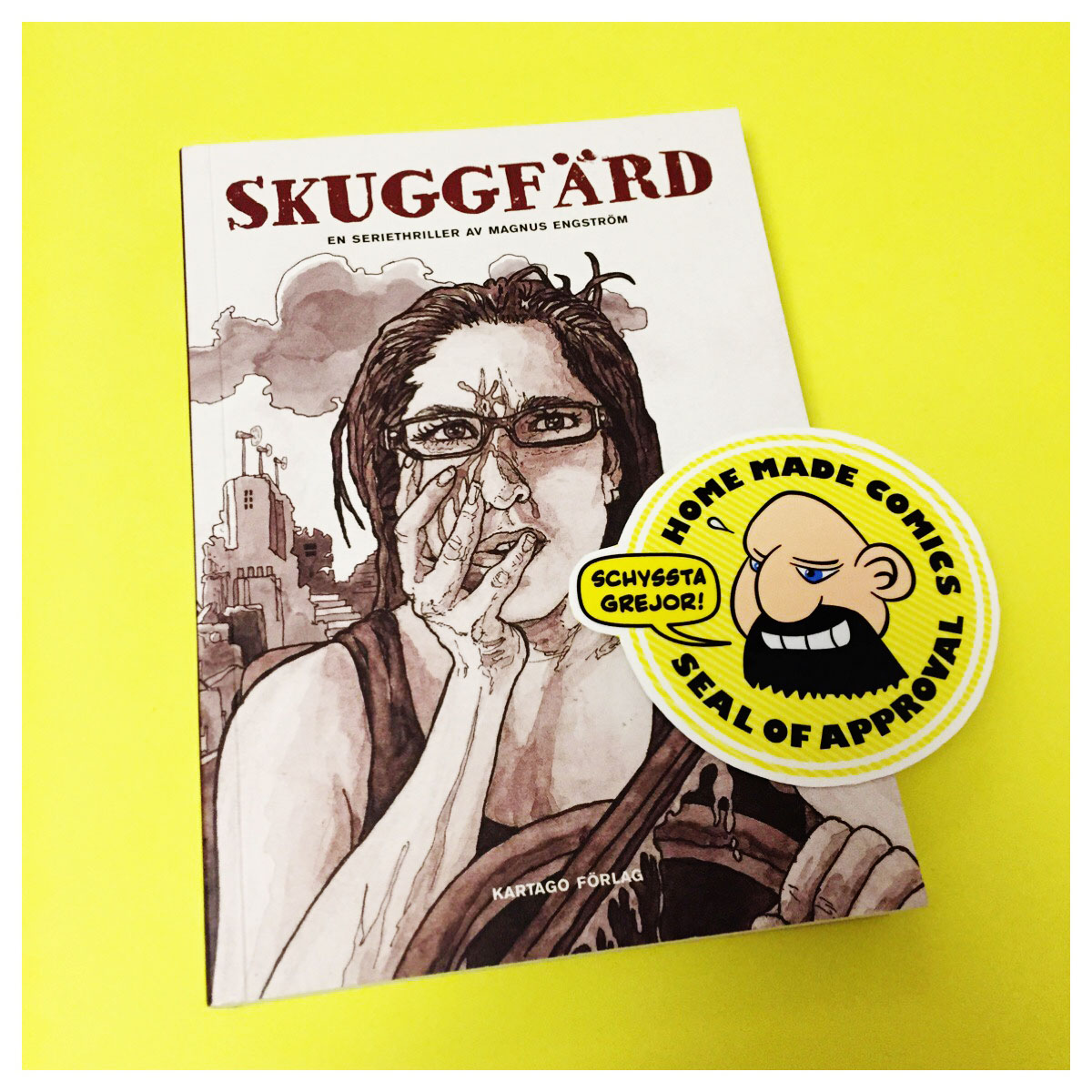 Home Made Comics Seal of Approval #186. Skuggfärd av Magnus Engström utgiven av Kartago 2017.