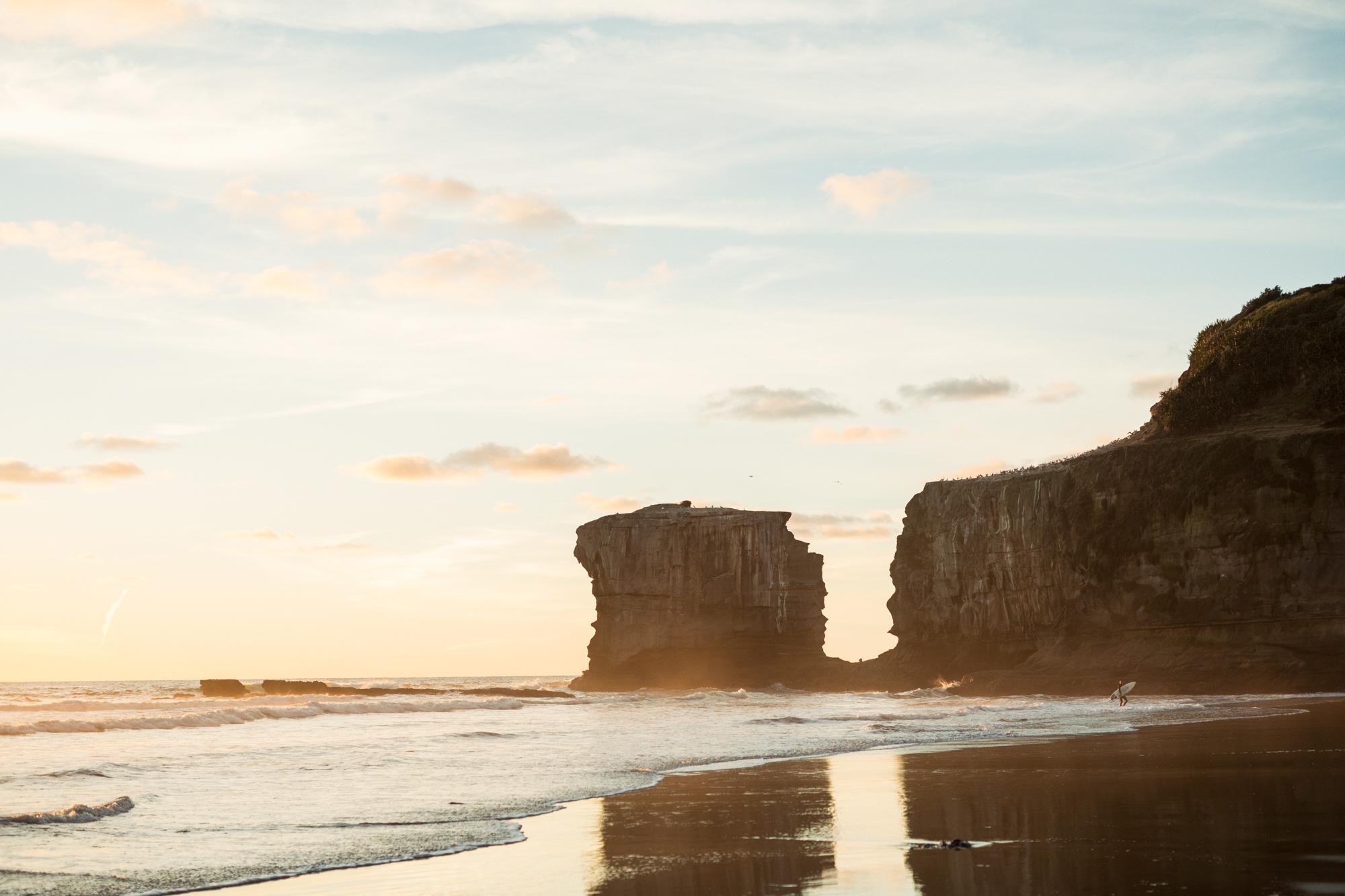 Cliff Mirror, Maori Bay.JPG