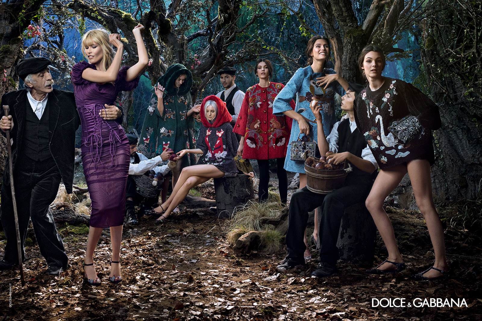 dolce-and-gabbana-winter-2015-women-advertising-campaign-01.jpg