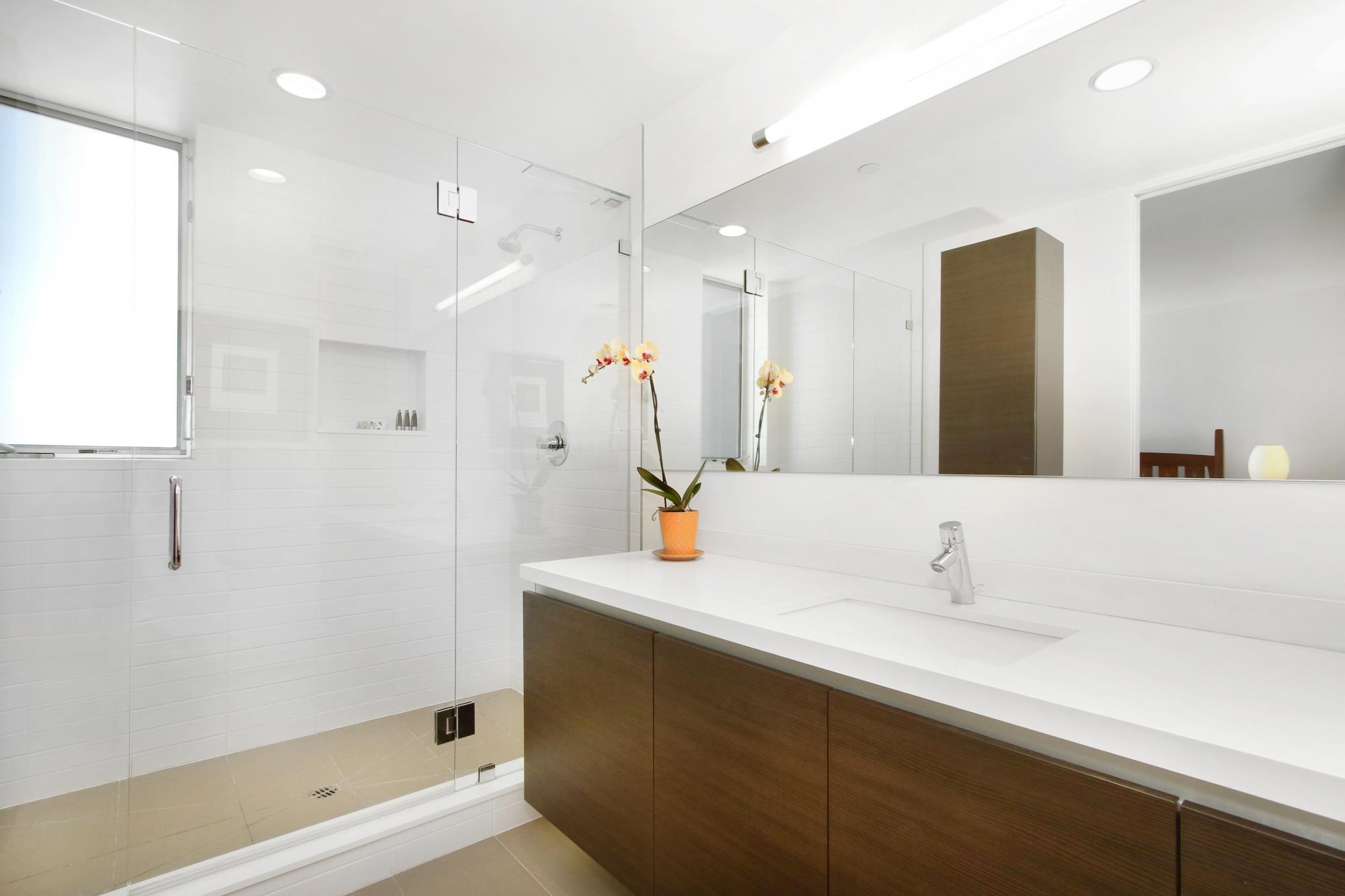 Cloverdale - Bathroom