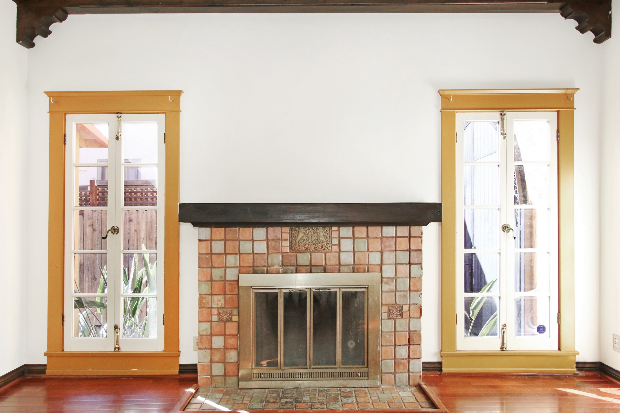 Rowena Fireplace