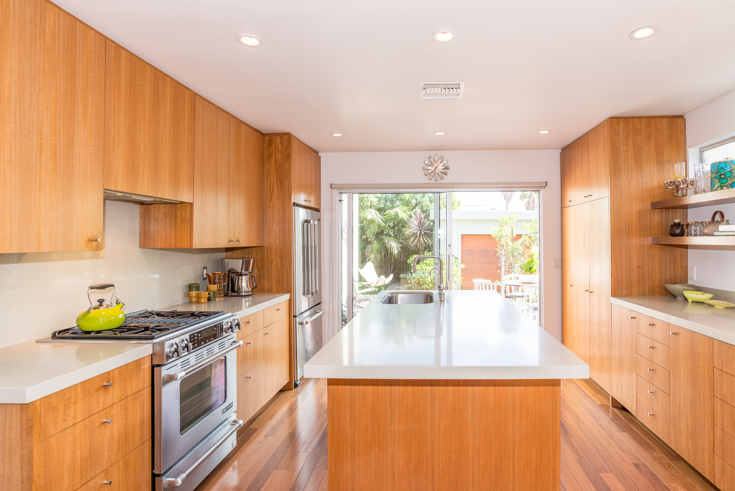 734 Genesee - Kitchen