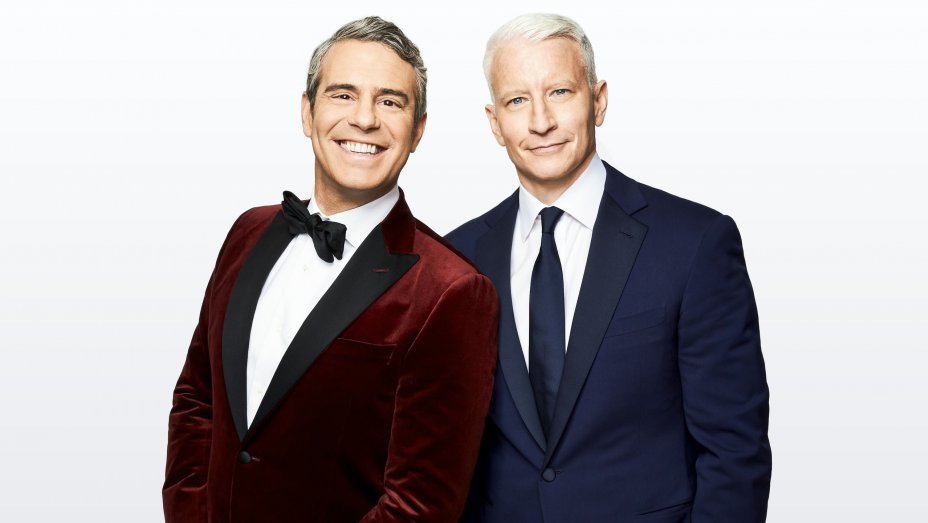 andy_cohen_anderson_cooper_-_publicity_-_h_2018.jpg