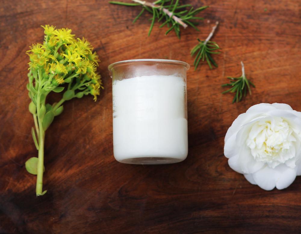 Homemade+Deodorant+sweetdisasters.jpg