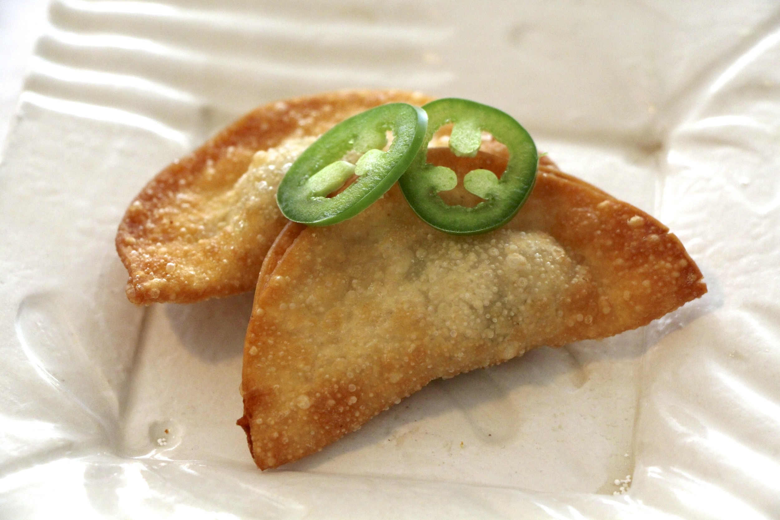 Chicken Wonton with Jalepeño & Cheese