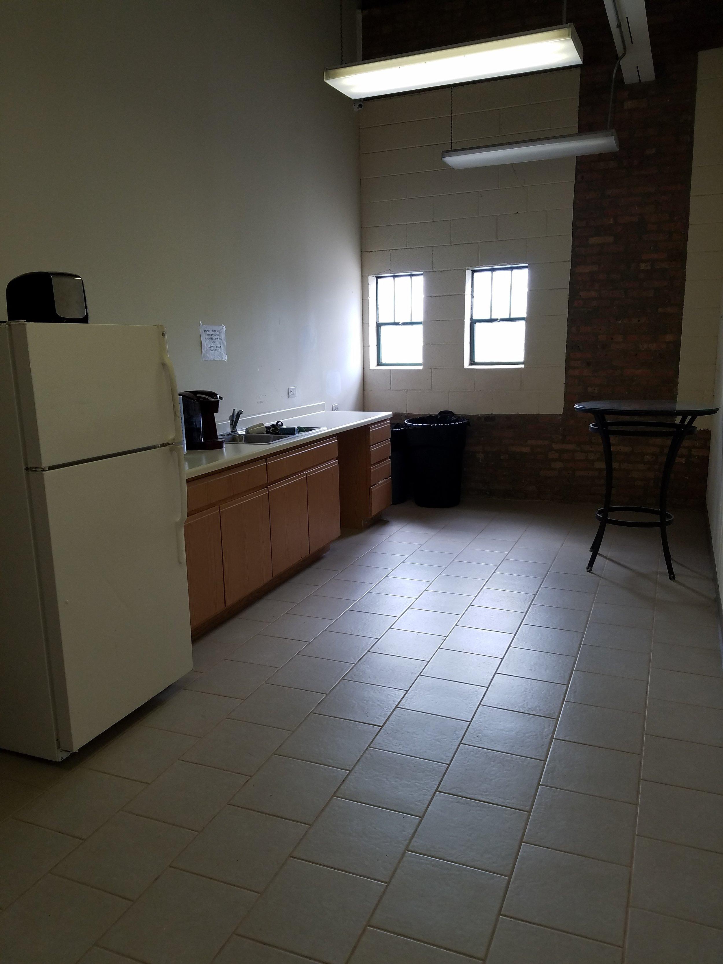 Middle Hallway (2).jpg