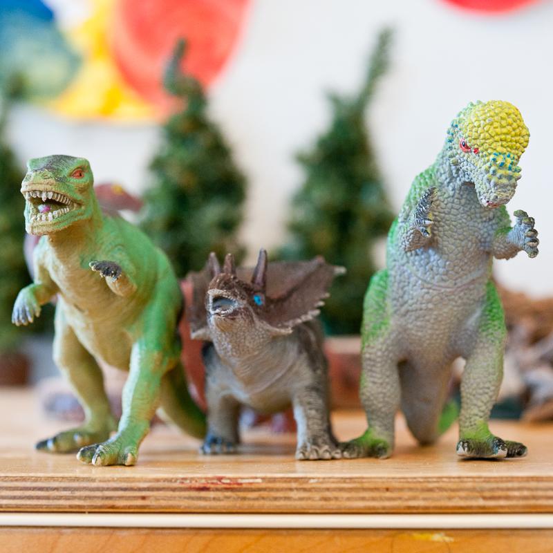 Dinosaurs-Jim-Nickelson.jpg