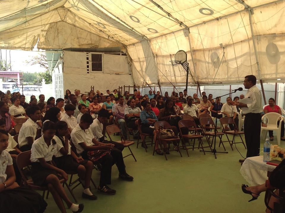 Dr. Narain speaking at the Roadside Baptist Church Skills Training Centre.