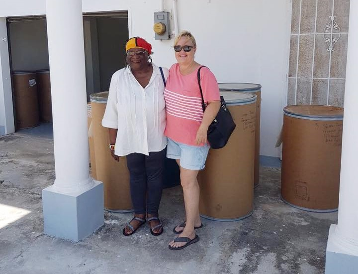 Ms. Francis Yvonne Jackson with the Managing Director of the Guyana Foundation, Susan Isaacs.