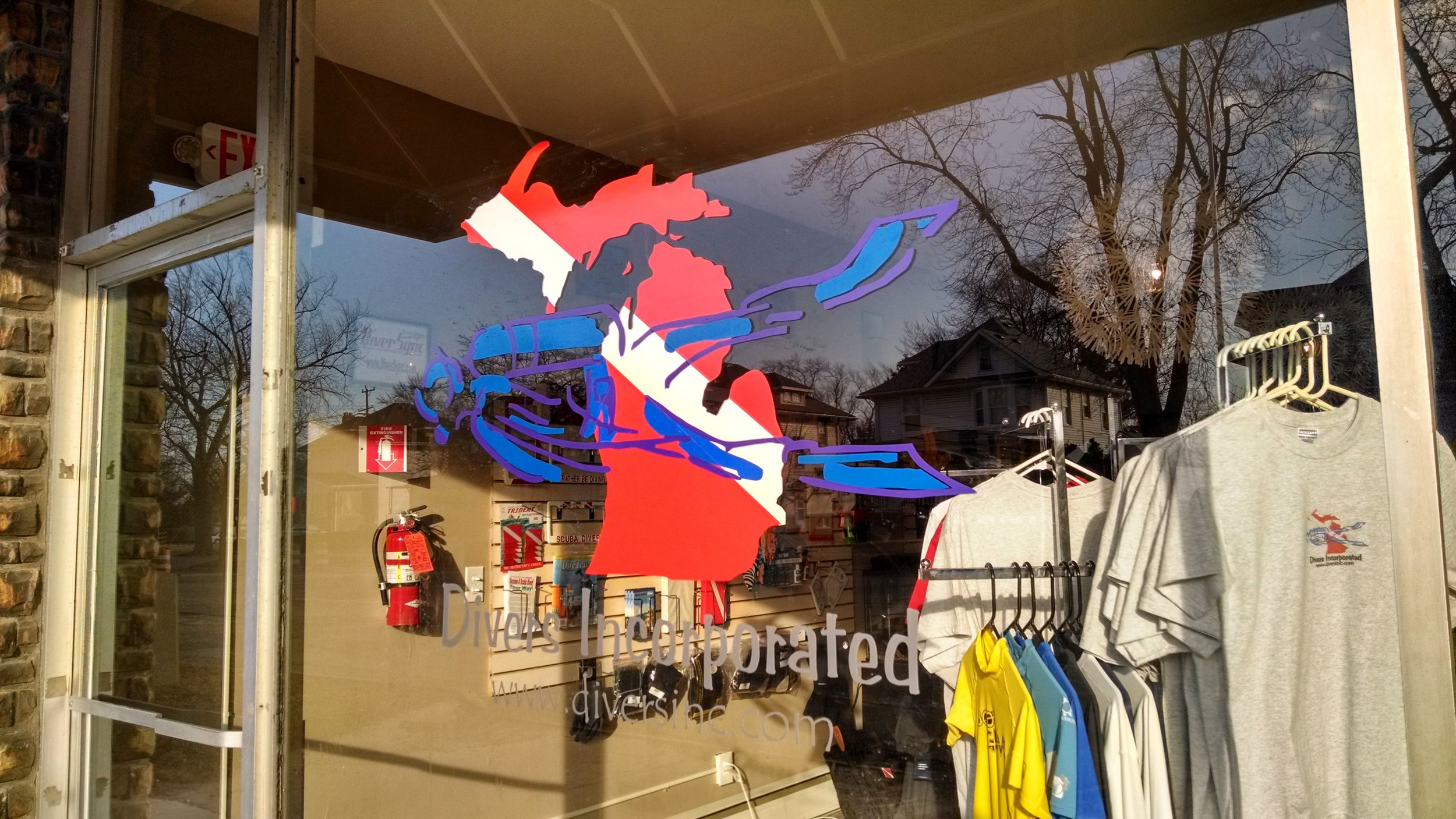 New store front for Diver's Incorporated - Monroe