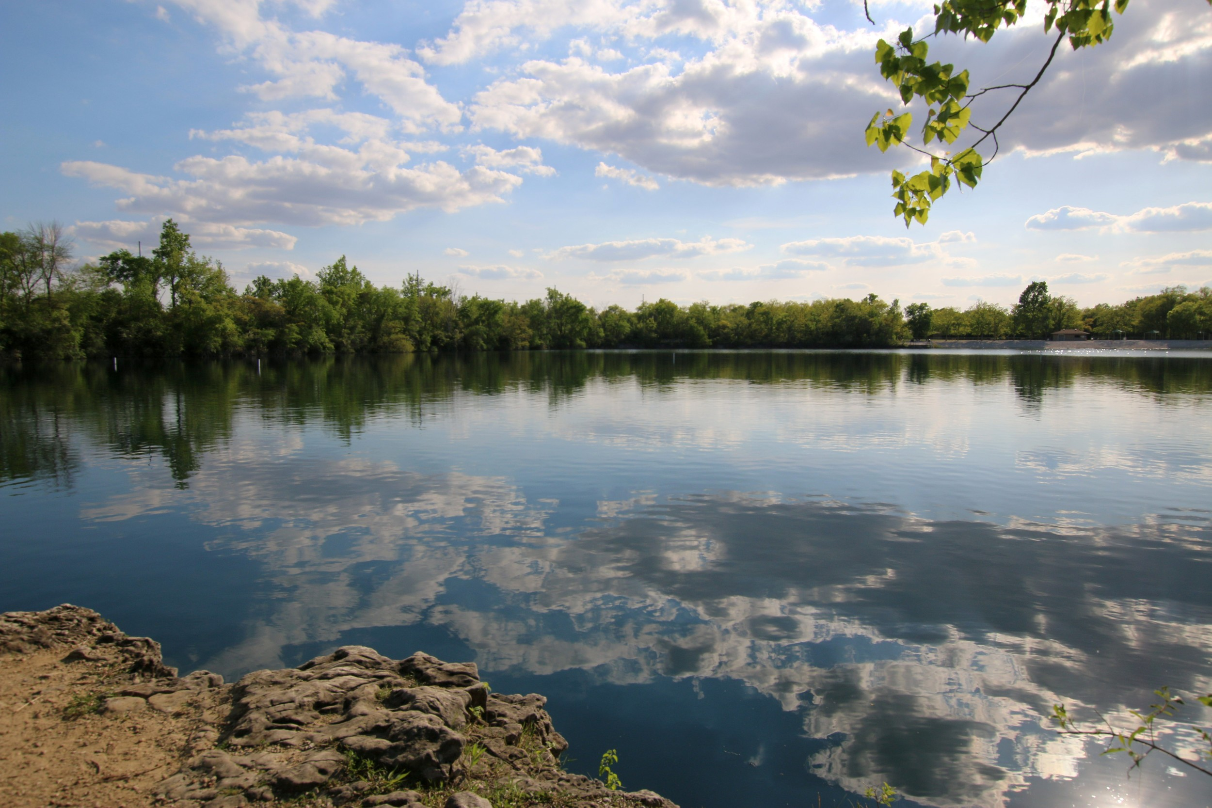 Calm waters on the quarry + sunny skies
