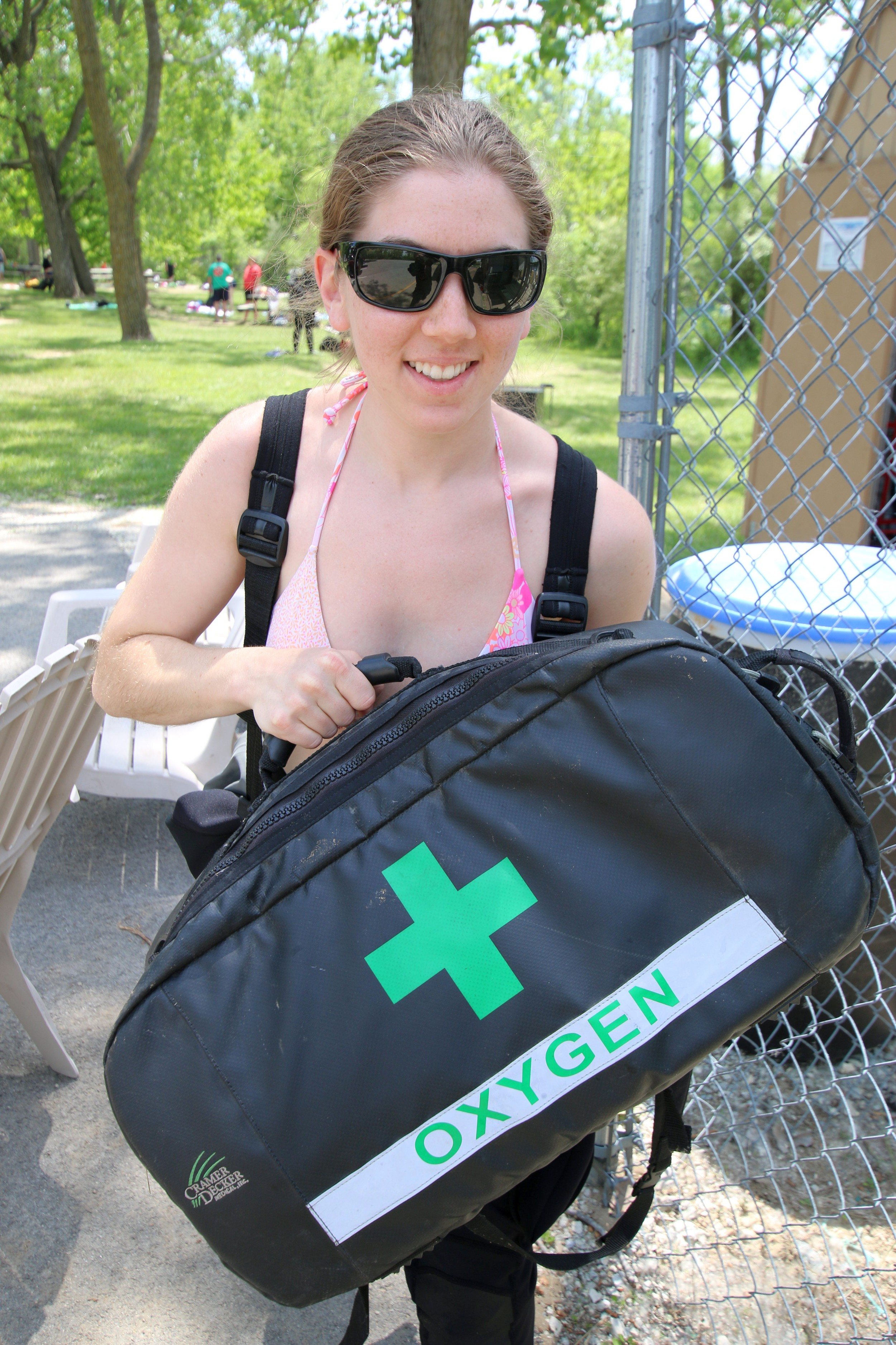 Meghan with the oxygen kit ready to save the patient