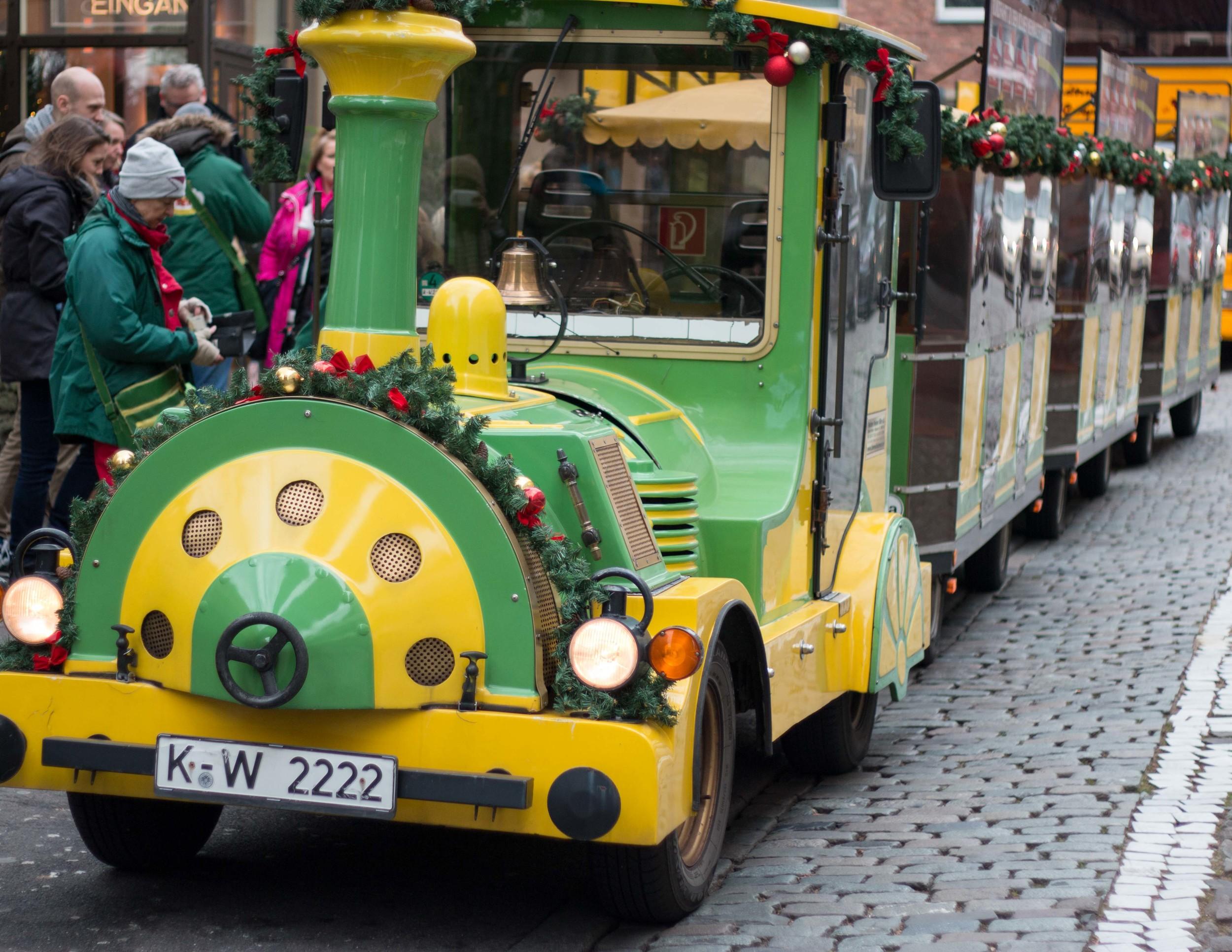 Weihnachtsmarkt tour train