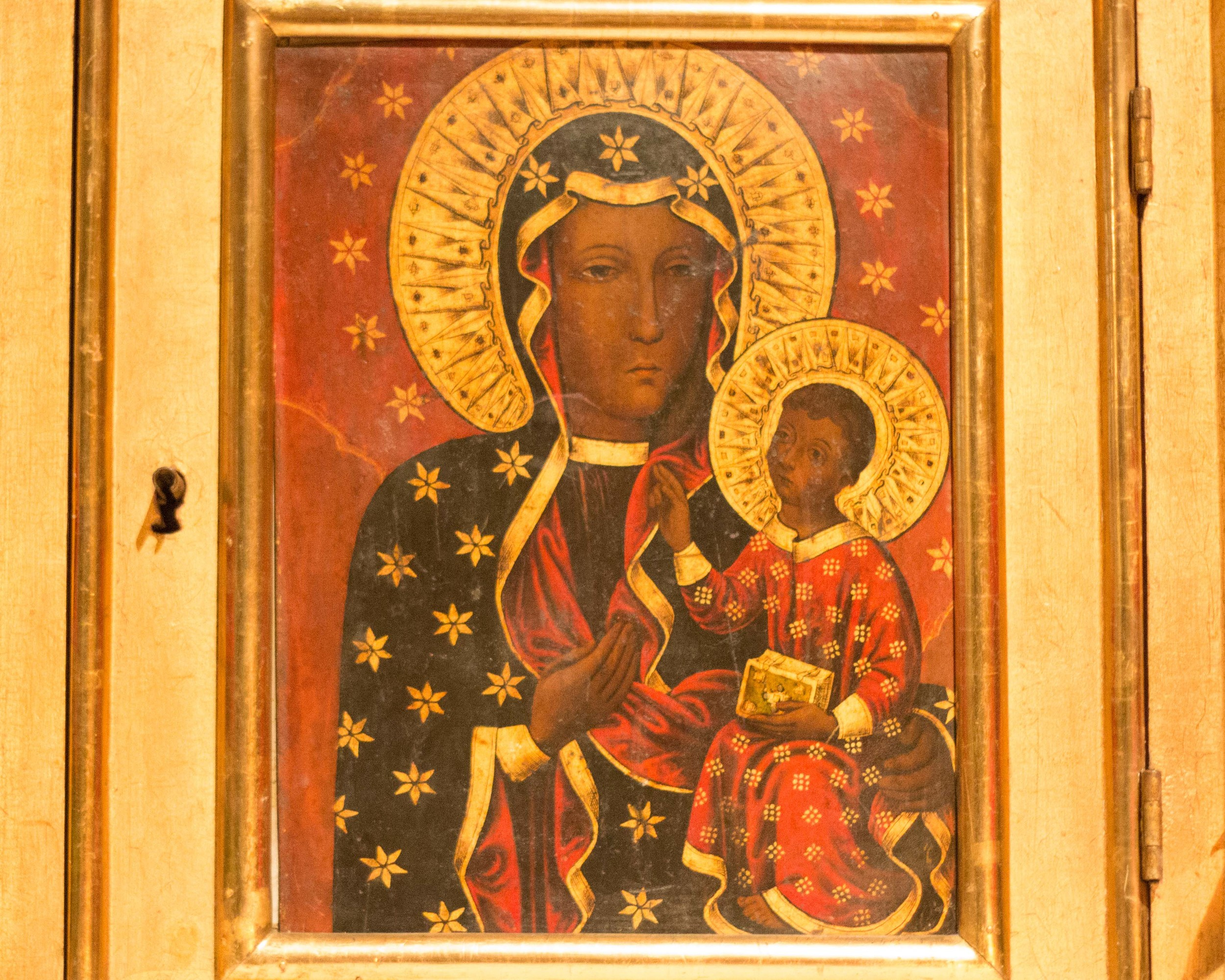 Icon of Mary with Jesus in the Freiburg Cathedral.