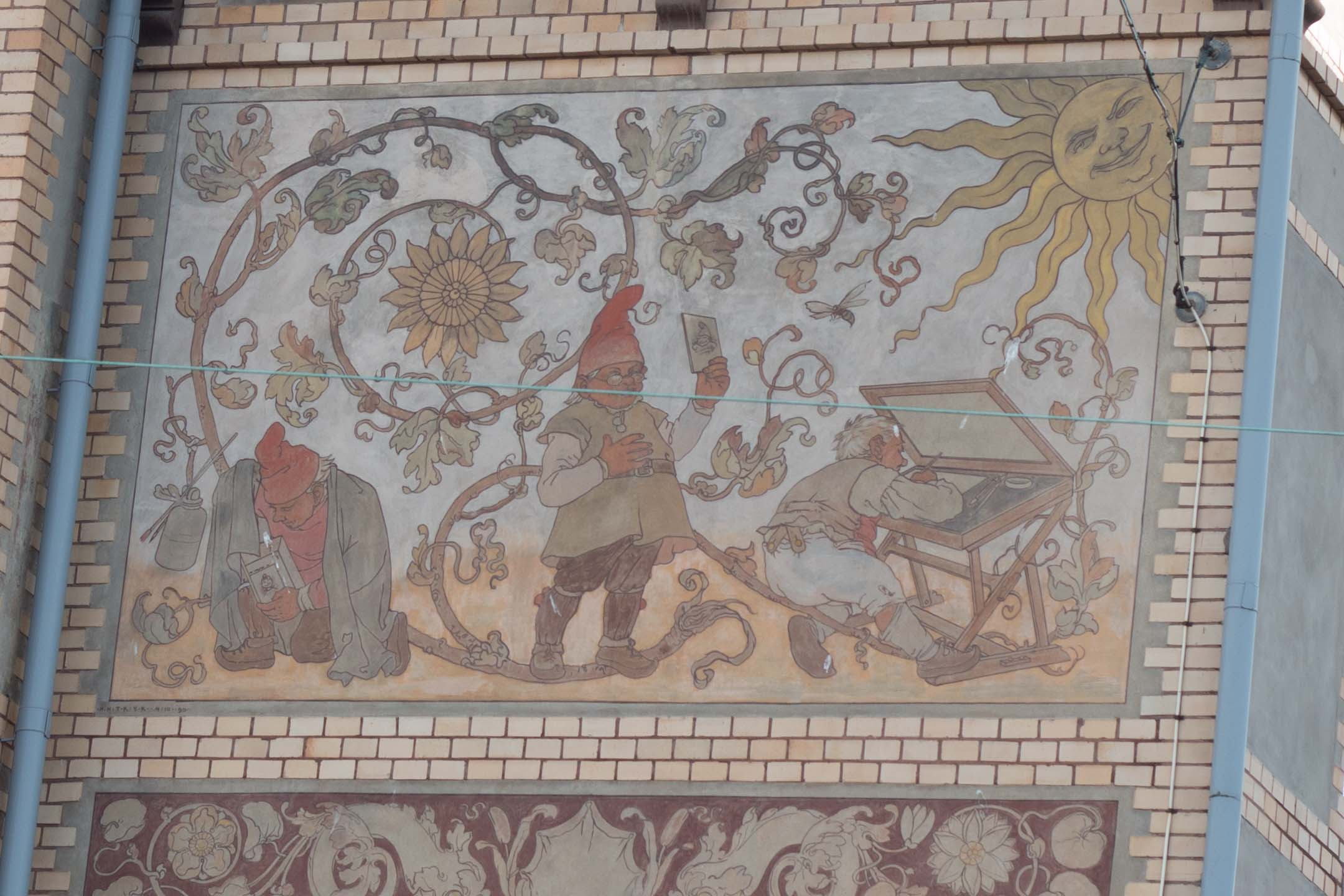 Beautiful mural on the side of a building in the city center of Gothenburg