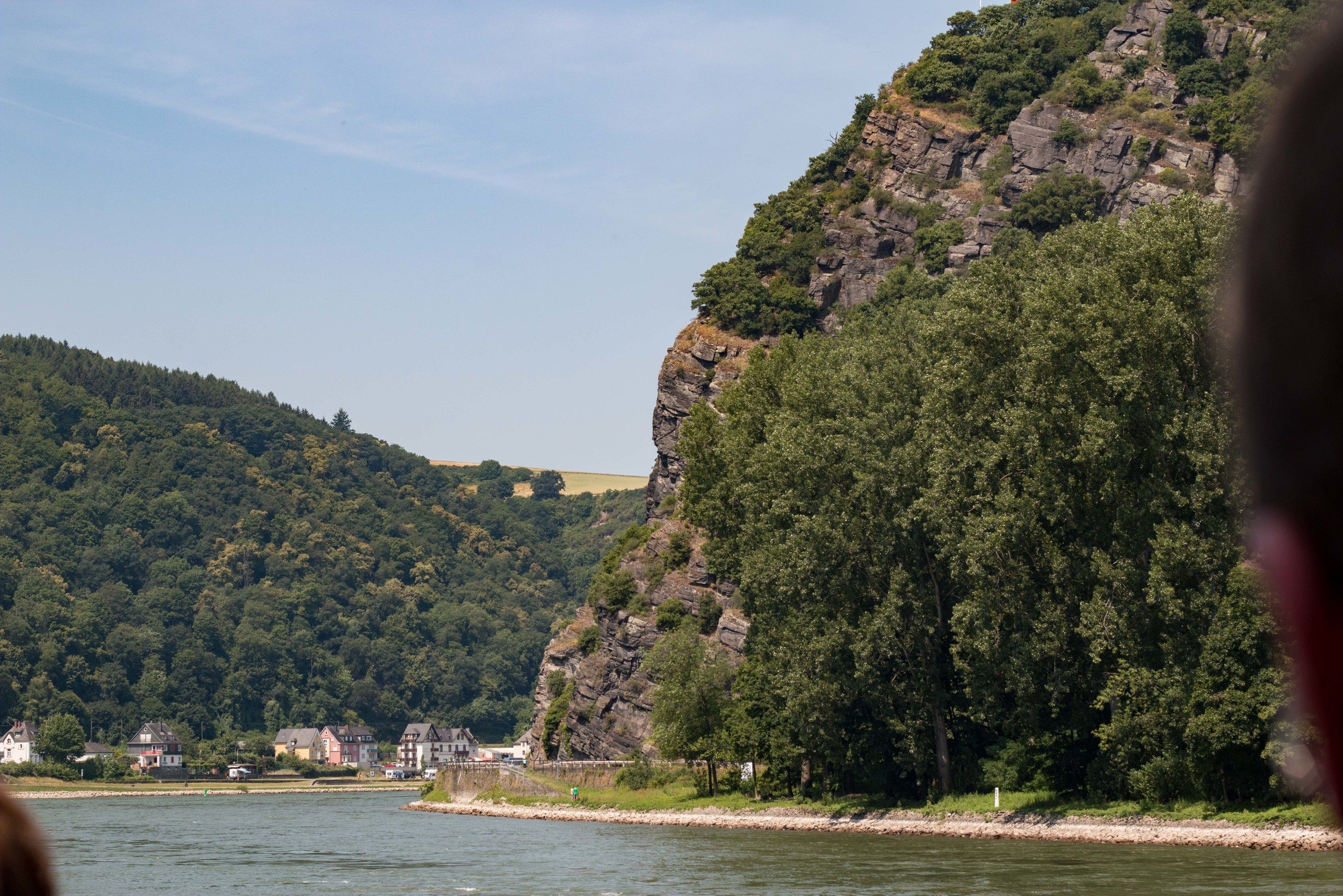 Lorelei rock, the narrowest point on the river, and the location of many shipwrecks (but probably not diveable)