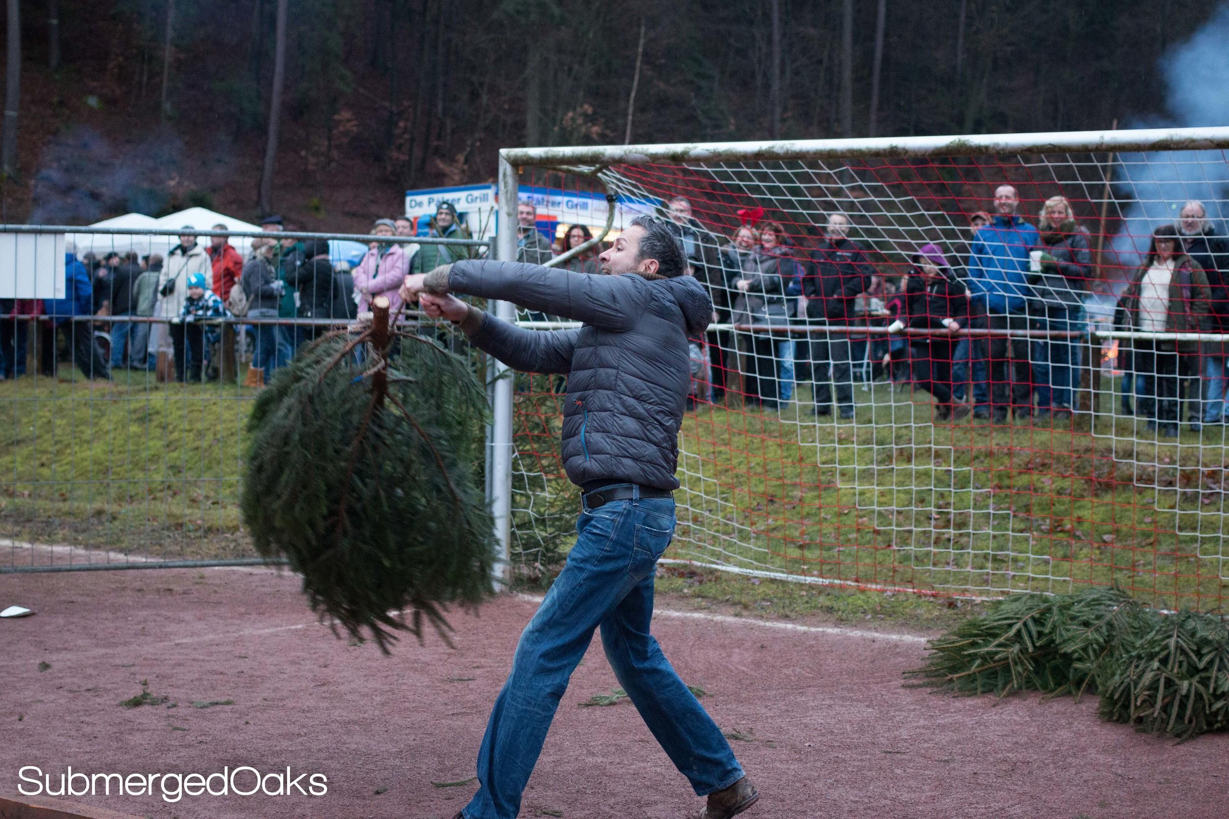 Matthias hammer throwing the Christmas tree