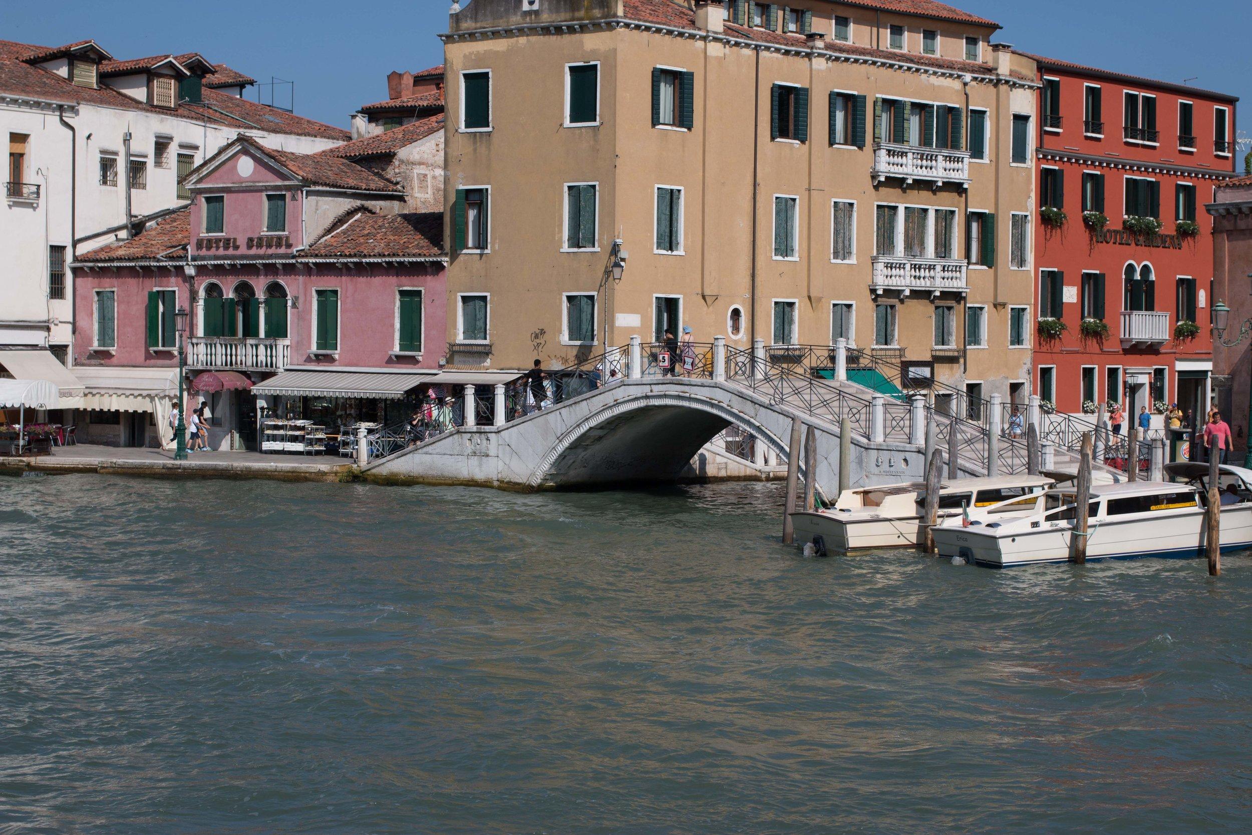 canal_venice_submergedoaks