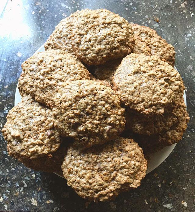 I do love homemade oatmeal chocolate chip cookies