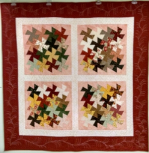 Twister, made and quilted by RM 2016