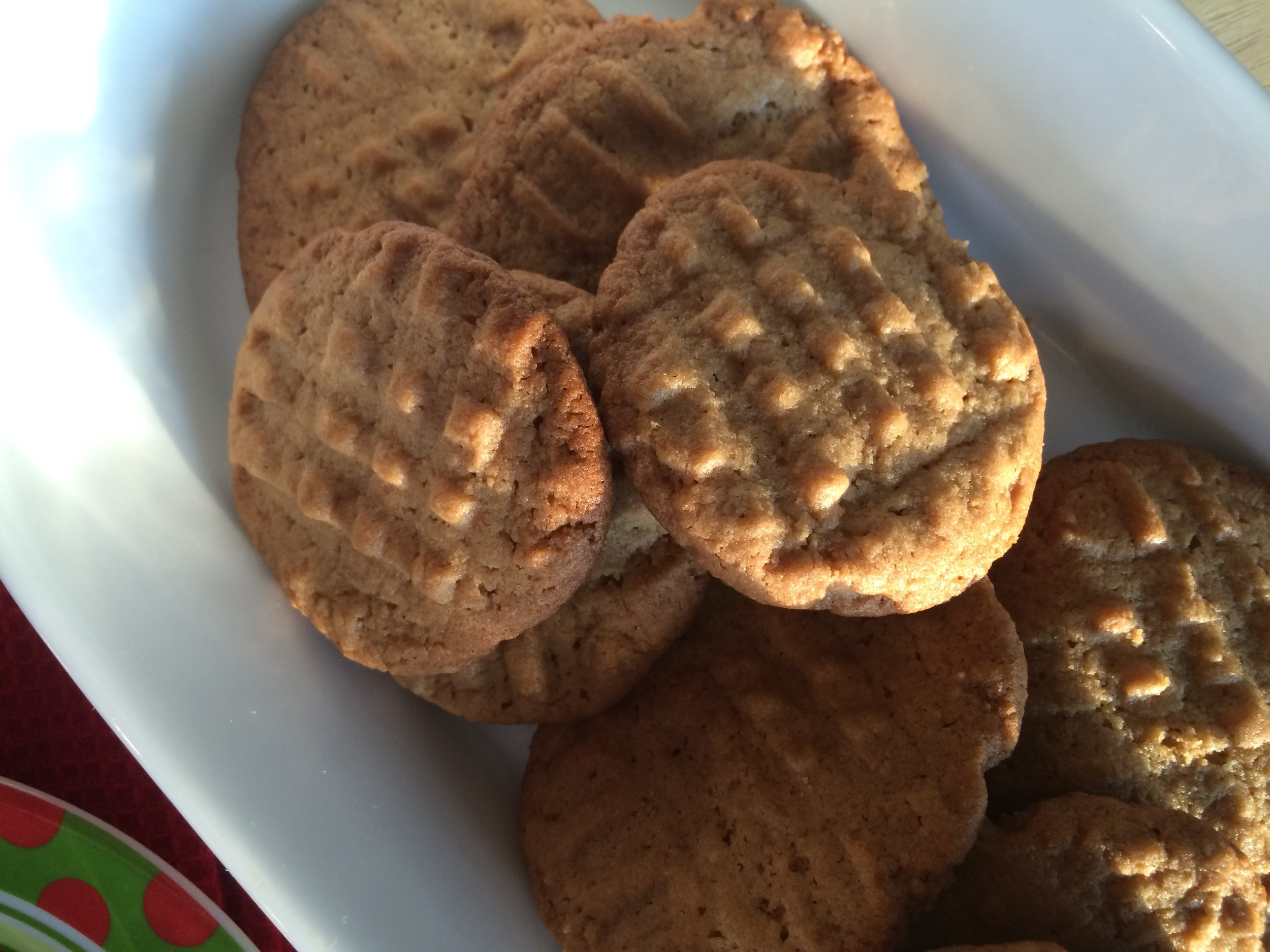 peanut butter cookies middle.jpg