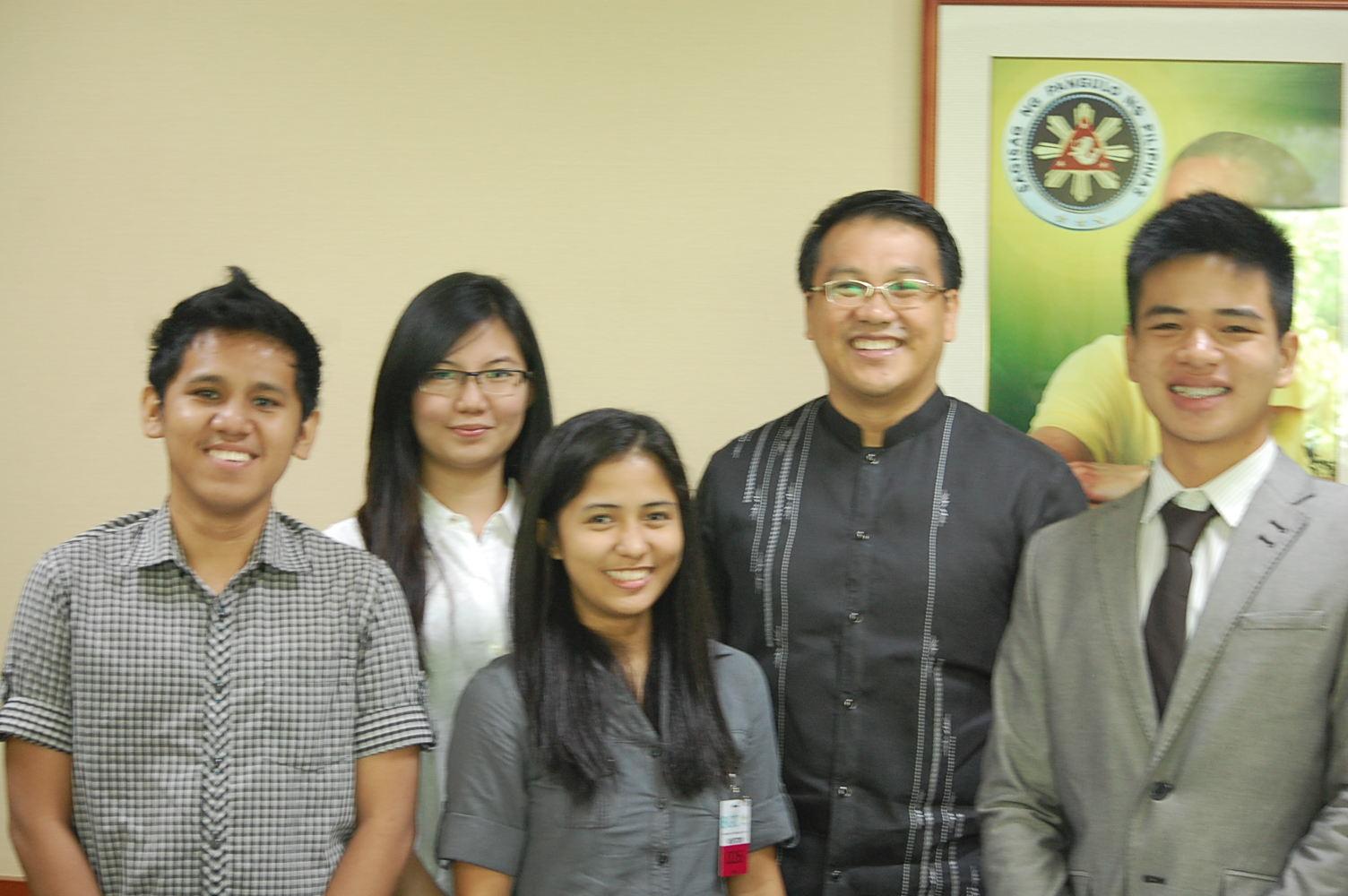 Edukasyon.ph intern Irah Zapanta interviews CEO of BCDA Arnel Casanova.