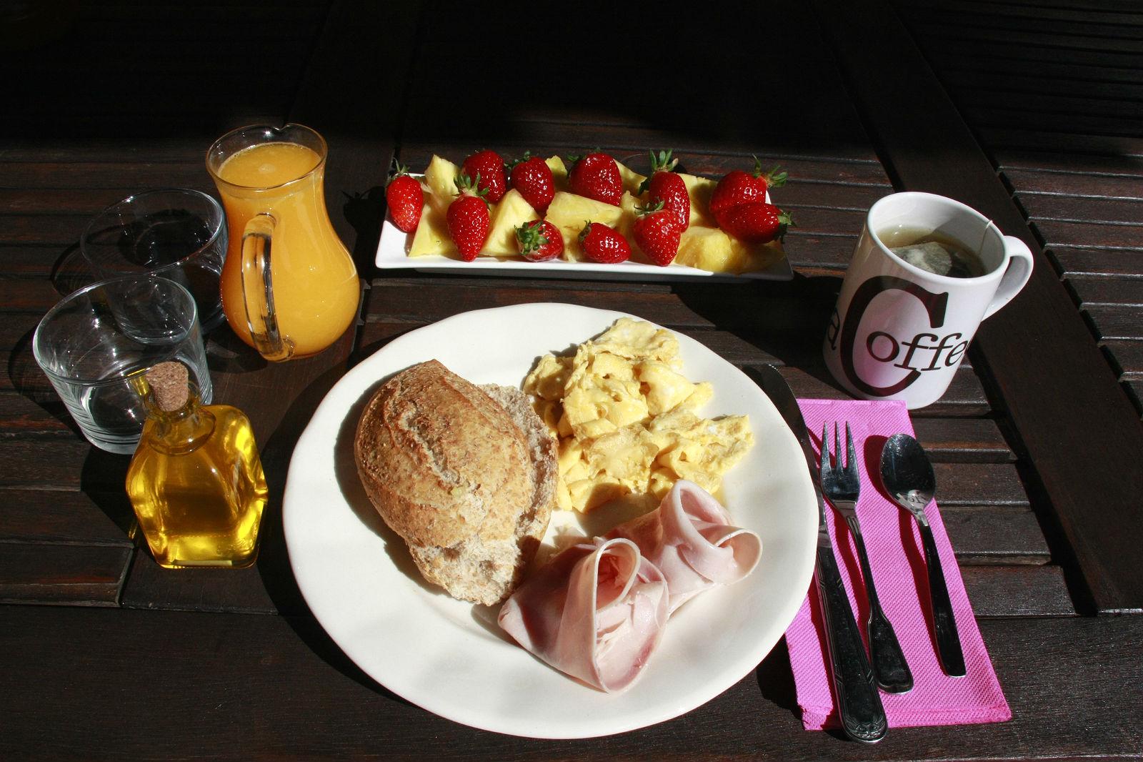 Breakfast time Gabriela Merino blog