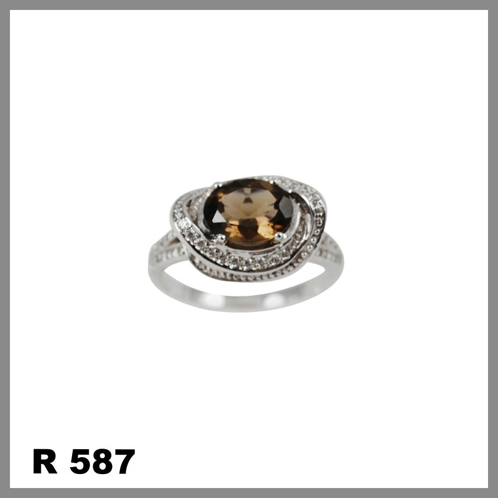 R587.jpg