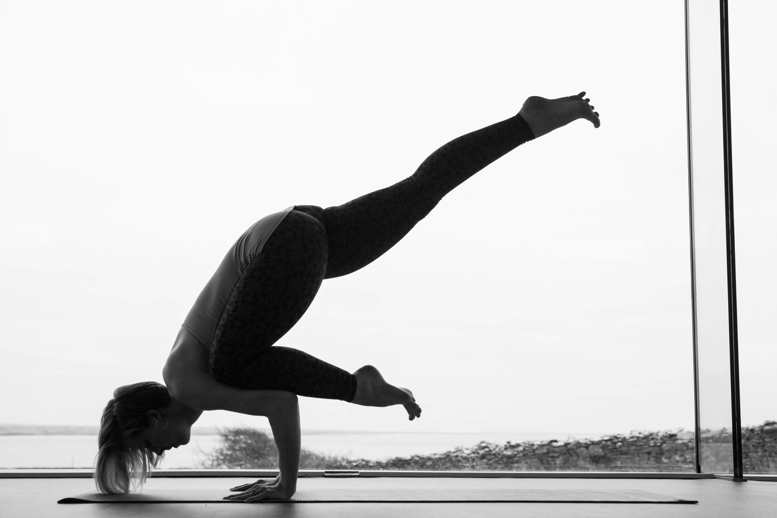 Lizzy Nichol Yoga
