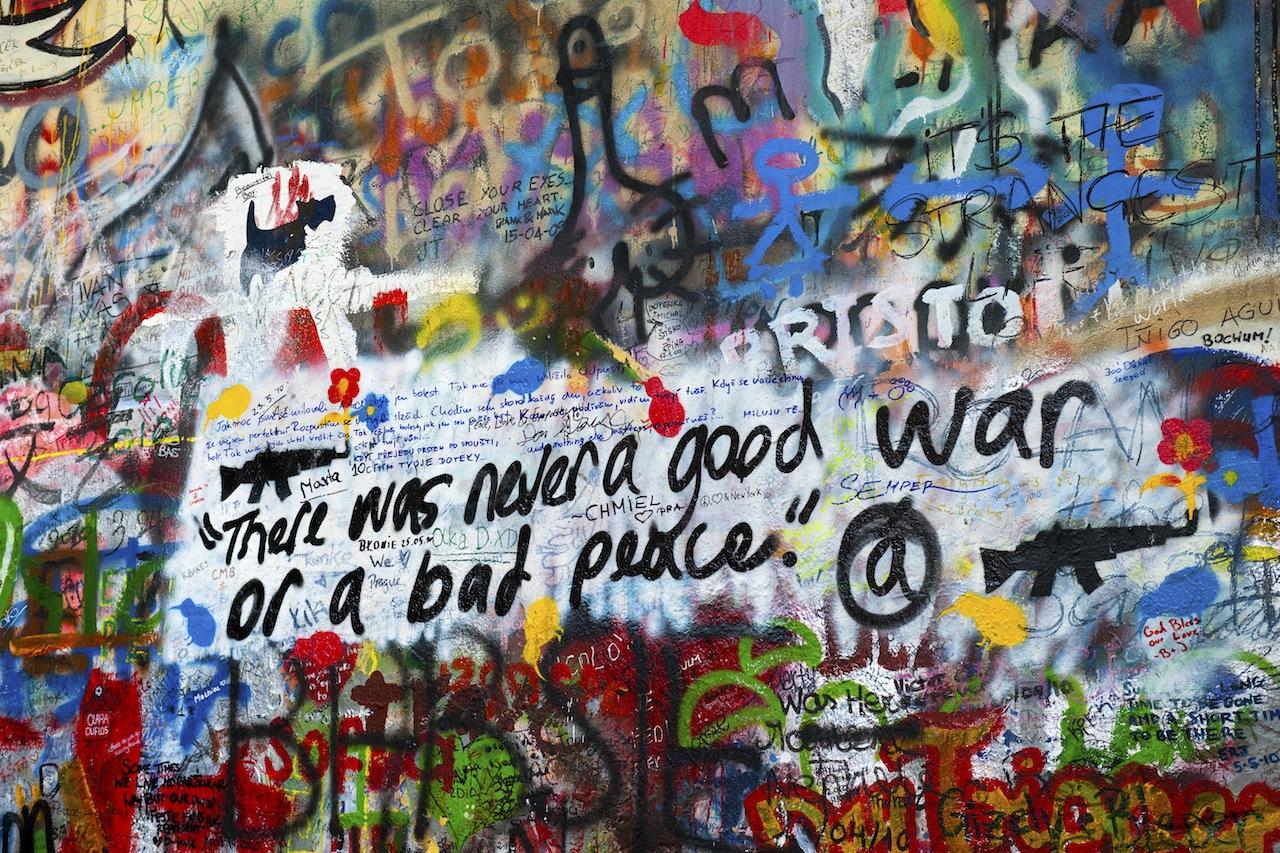 graffiti-peace-war.jpg